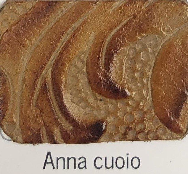 anna_cuoio